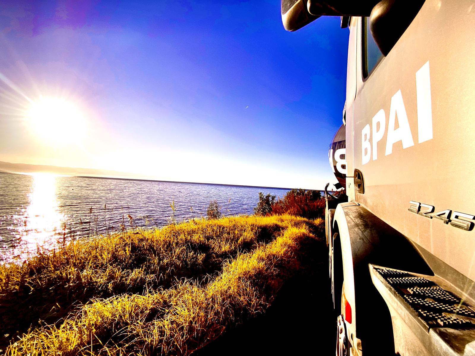 BPAI béton Ajaccio camion au couché de soleil